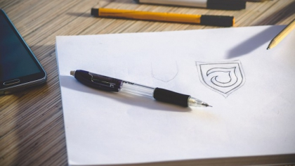 10 Essential Things to Keep in Mind When Designing a Logo